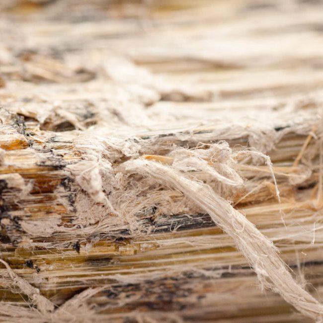 Manipulation et élimination de l'amiante